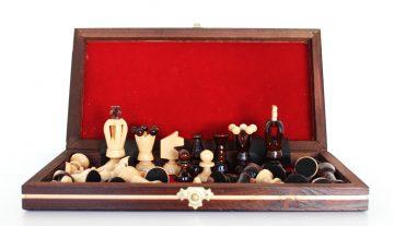 Šachy z dreva malé